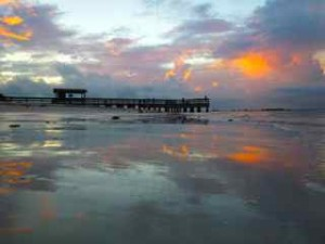 Sanibel pier sunset reflection