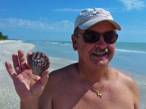 Bob find lions paw seashells Sanibel