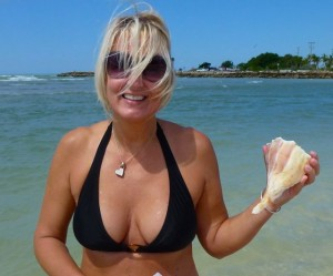 Darlene lightning whelk Sanibel