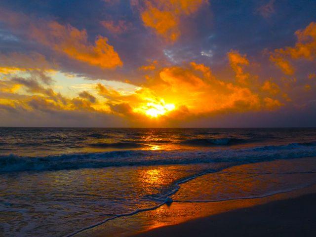 Sun Begins to Set On Sanibel 2011