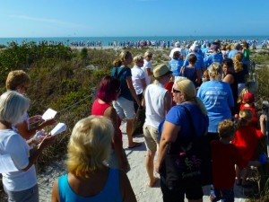 beach path to Sanibel Stoop