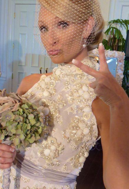 <b>...</b> Barb Kapinus, Mary Bates, Canstance Mara, <b>Kerry Trapp</b>, Marianne Kanzius, <b>...</b> - fun-bride-with-shell-wedding-dress-Sanibel