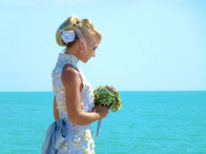 beach bride sea shell dress