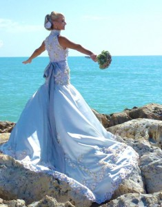 bride on captiva rocks