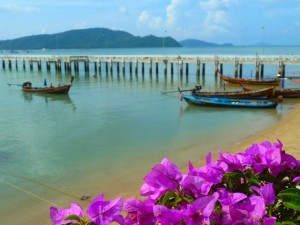 coral island dock thailand