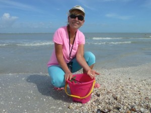 jean collecting shellcraft shells