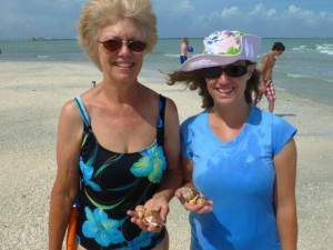 sanibel lighthouse mother daughter