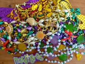 seashell mardi gras beads