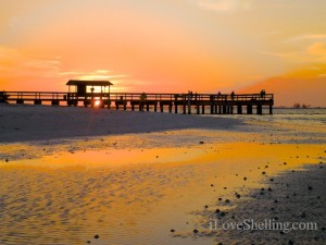 Sanibel Fishing pier sunset april