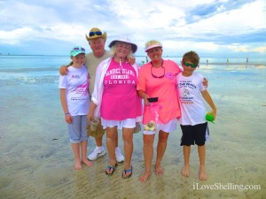 family finds seashells Sanibel
