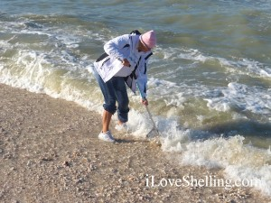 pam shelling captiva in the cold