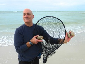 jerry with shell net sunday venus clams