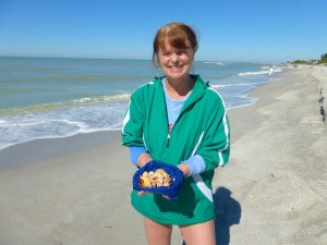 deb minnesota visits sanibel shells