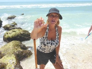 debbie from cape coral finds top of junonia on captiva island