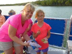 Eva and Melissa from Missouri on shelling cruise SW Florida