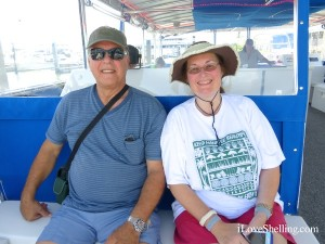 frank and Sally on i Love Shelling cruise