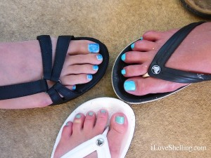 iLoveShelling blue toe nail polish