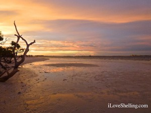 low tide during Sanibel sunset