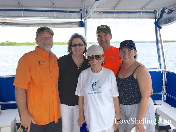 ralph, sharlotte, beryle, mitchell, susie on iLoveShelling cruise