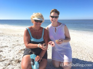 Loree and jennifer sharing shells