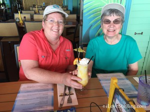 Shellabaloo Robin and Connie  lunch at Parrot Key