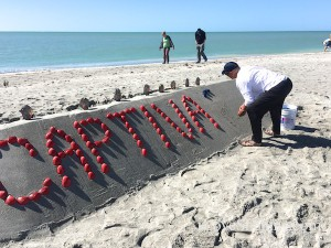 Building Captiva 2015 sand and shell sculpture