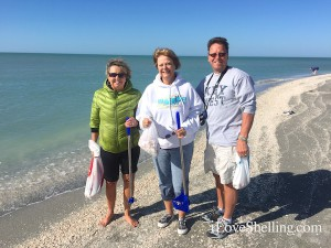 pam, deb, dave from s dakota  visit captiva shells