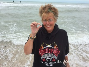 Patti from MN visits Captiva shells