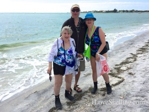 Tom, Kathleen Joann visit Florida from Ohio to find shells