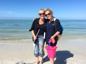 Becca and Pearl find shells in sw fl