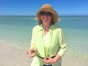 Meg WI find shells in clear blue water of sw Florida
