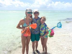 Sophia, Kate and Hannah from Indiana visit Sanibel