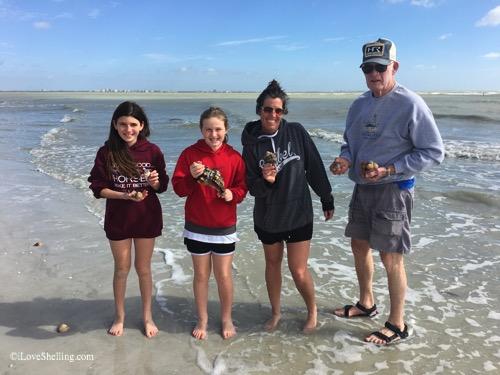 Annie,Lucy, Heidi, Doug Ohio visit sanibel