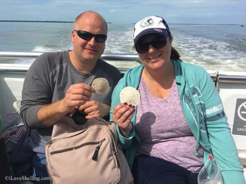 find sand dollars on shell trip