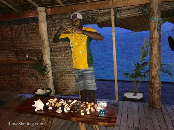 Mano Fat Boys Resort Shell n Tell seashells